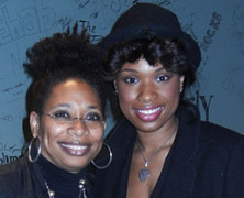 Jennifer Hudson and Rachelle Ferrell On Stage